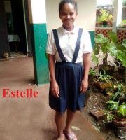 Estelle, orpheline de Madagascar lauréate du Baccalauréat 2019