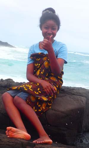 Givette, orpheline de Madagascar lauréate du Baccalauréat 2019