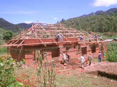 Construction du bloc opératoire de Lukanga