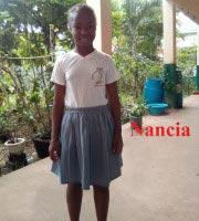 Nancia, lauréate du CEPE à Madagascar en 2019