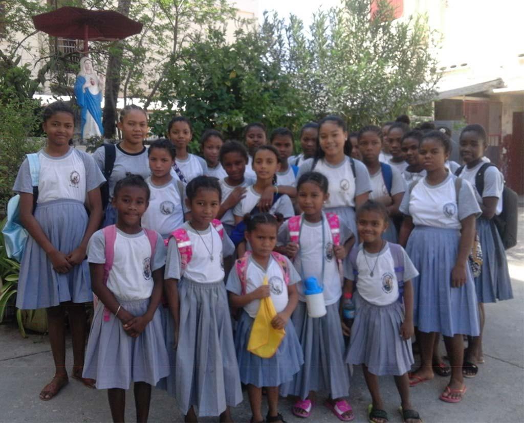 Orphelines del'orphelinat de Majunga à Madagascar