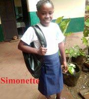 Simonette, orpheline de Madagascar lauréate du Baccalauréat 2019