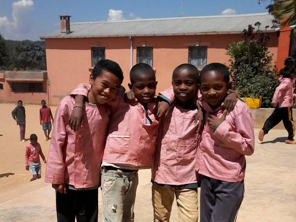 Enfants de Madagascar du Centre Akany Aina à Ambatolampy