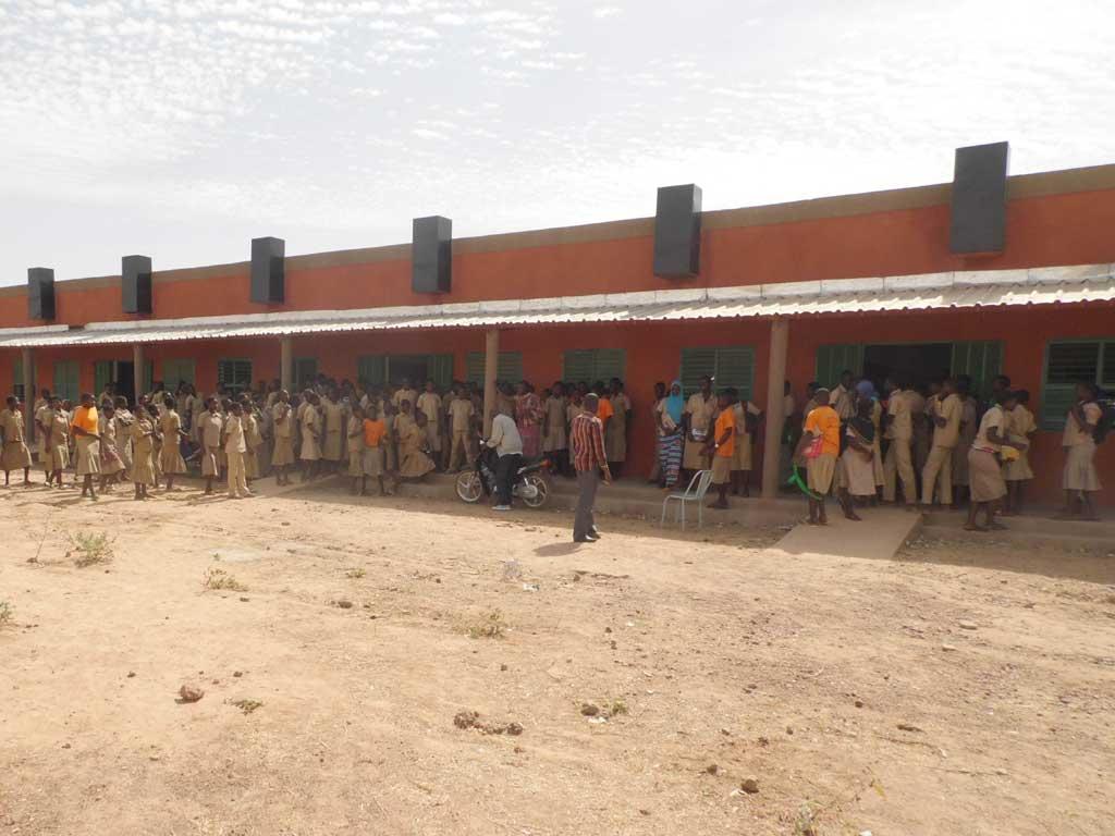 Le collège d'enseignement général de Guiè au Burkina Faso