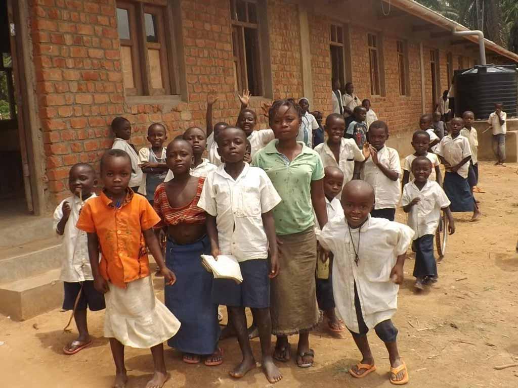 Ecoliers de Kabweke en RD du Congo