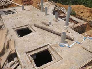Bétonnage de la fosse septique