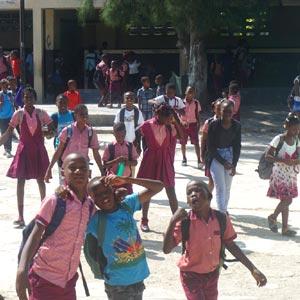 Réouverture de l'école du bidonville de Cité Soleil en Haïti