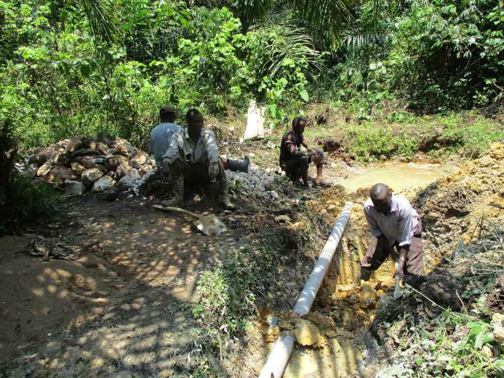 Captage d'une source d'eau potable à Kabweke au Nord Kivu en RD Congo