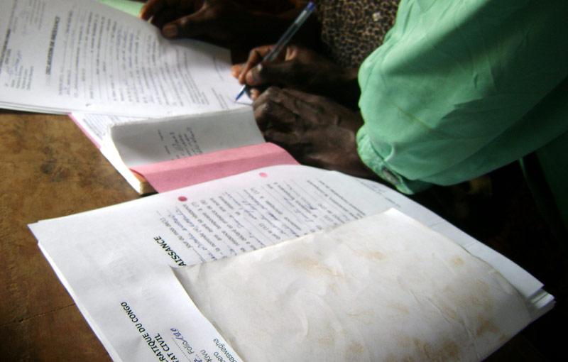 Signature du jugement supplétif d'acte de naissance en RD du Congo