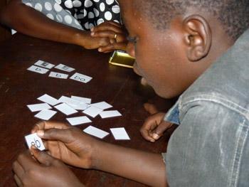 Alphabétisation des enfants des rues de Kinshasa au centre d'accueil Ndako Ya Biso