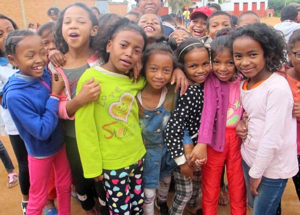 Enfants du Centre Akany Aina à Madagascar