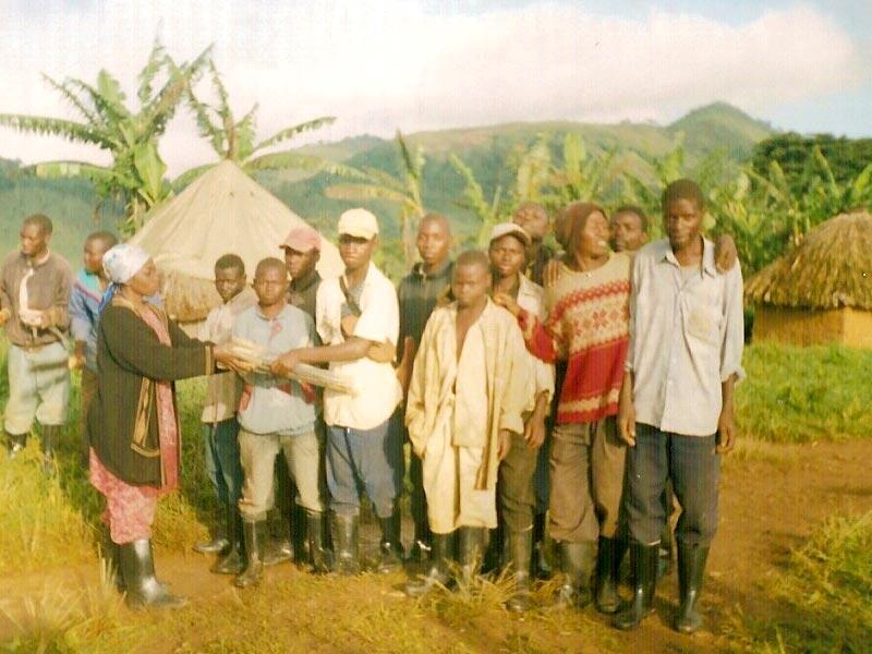 Enfants soldats démobilisés installés sur des terres agricoles au Nord Kivu, RD du Congo