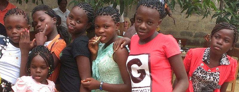 Filles des rues de Ndako Ya Biso à Kinshasa, RD du Congo