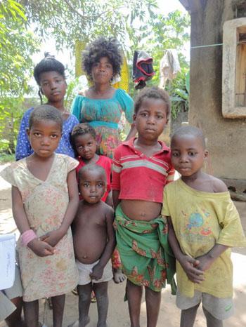 Réunification familiale d'une fille de la rue à Kinshasa