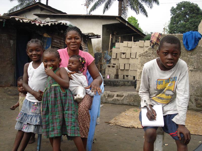 Réunification familiale d'un enfant des rues à Kinshasa
