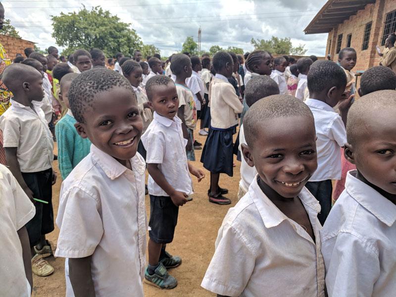 Ecoliers de l'école de Karavia à Lubumbashi, RD du Congo