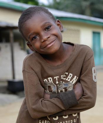 Enfant Pygmée du Cameroun