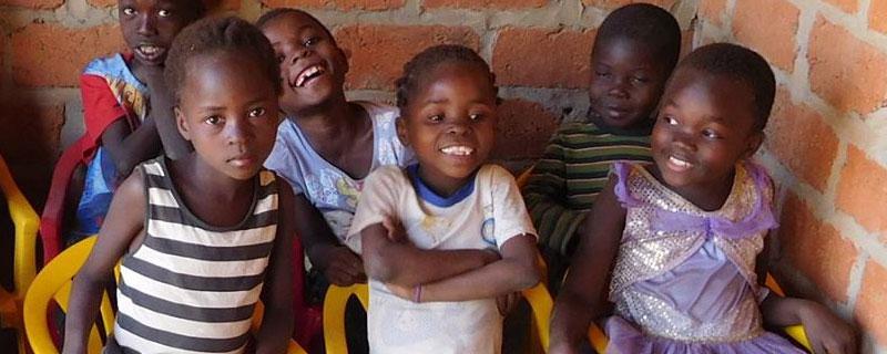 Orphelins de Bumi en attente de parrainage à Lubumbashi, RD du Congo
