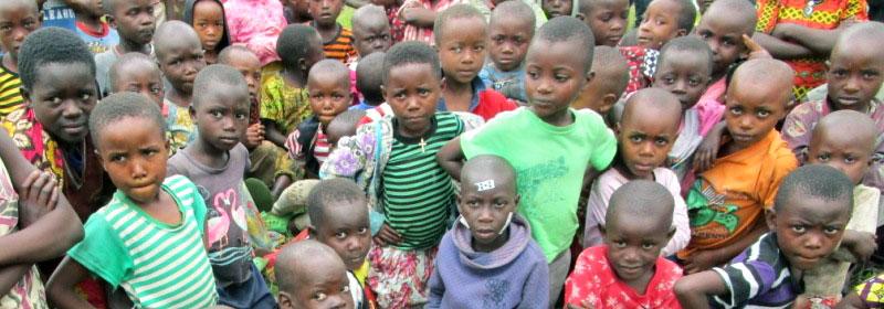 Orphelins et enfants des rues pris en charge par le Point d'Ecoute de Gisenyi au Rwanda