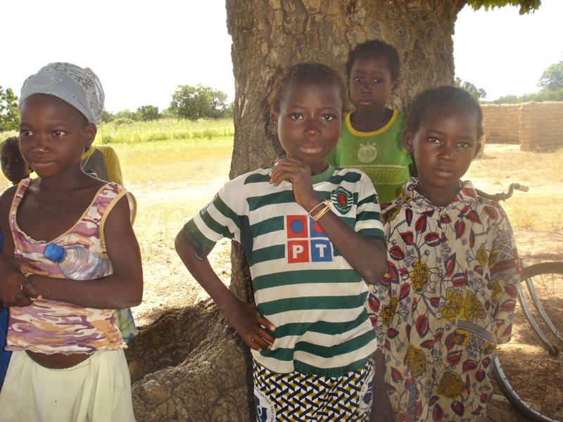 Enfants de Samissi au Burkina Faso