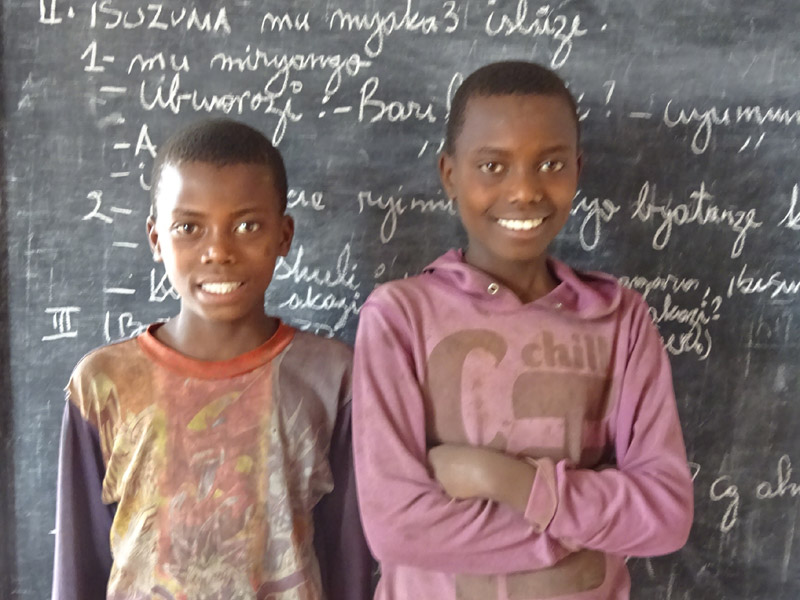 Enfants vulnérables scolarisés par le Point d'Ecoute de Gisenyi au Rwanda
