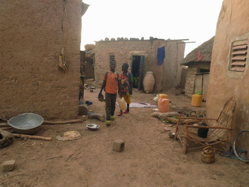 Habitations du village de Guiè au Burkina Faso