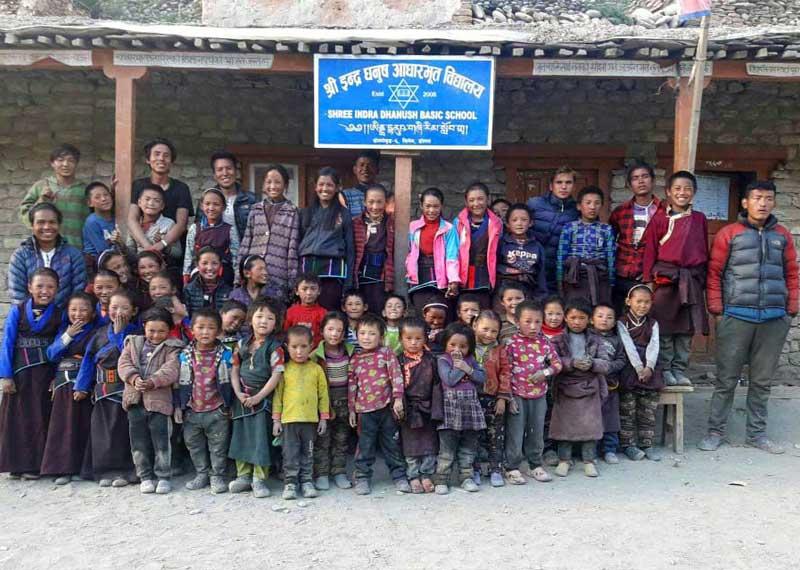 Les élèves de l'école de de Shimengaon dans le Haut Dolpo au Népal