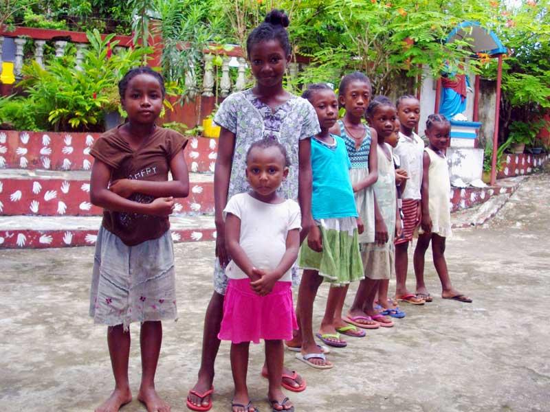 Orphelines de l'Ile Ste Marie à Madagascar