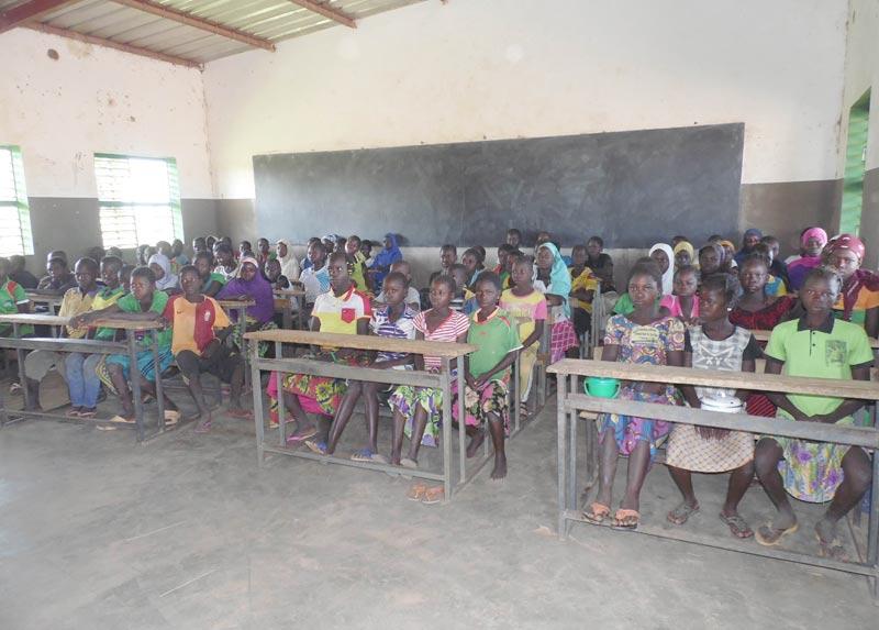 La classe de CM2 de l'école de Guiè B au Burkina FAso