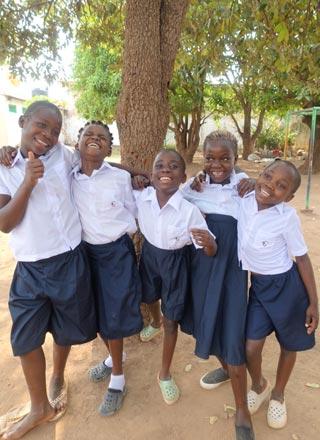 Retour à l'école pour les orphelins de Bumi en RD du Congo