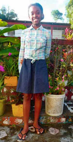 Julianna, orpheline de Madagascar lauréate du BEPC en 2020