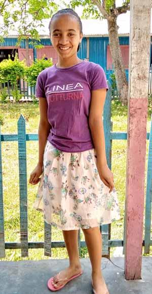 Marie, orpheline de Madagascar lauréate du BEPC en 2020