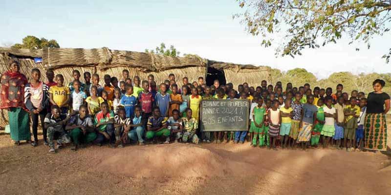 Voeux de Bonne Année des écoliers de Guiè au Burkina Faso