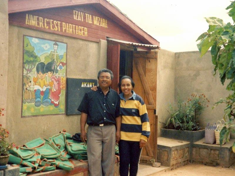 Aimé et Hary Ravalimanana, couple fondateur du centre socio-éducatif Akany Aïna à Madagascar