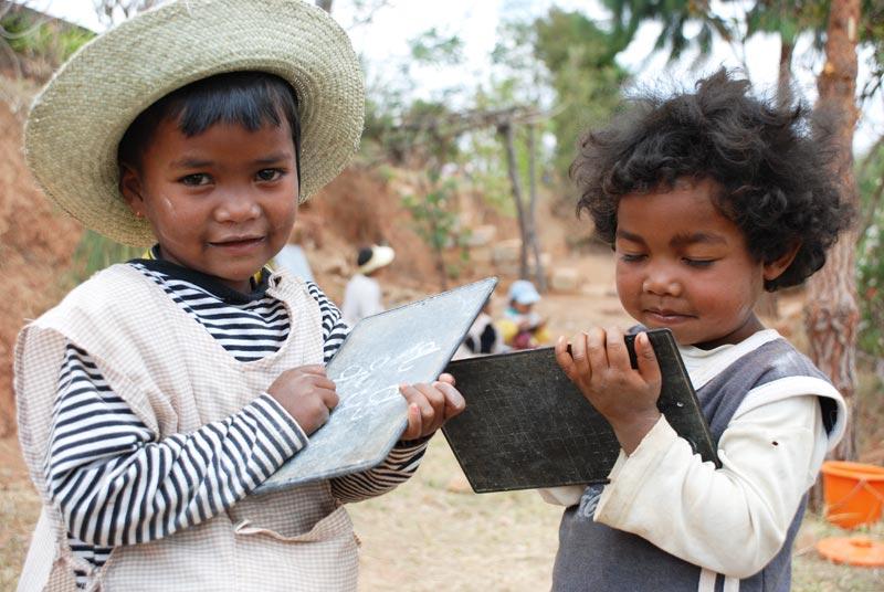 Enfants de l'école Akany Aïna à Madagascar