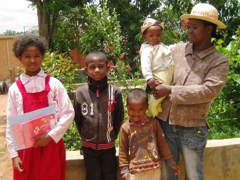 Madagascar, famille d'une élève de l'école Akany Aina à Ambatolampy