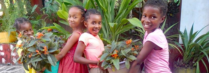 Orphelines de l'Ile Sainte Marie à Madagascar