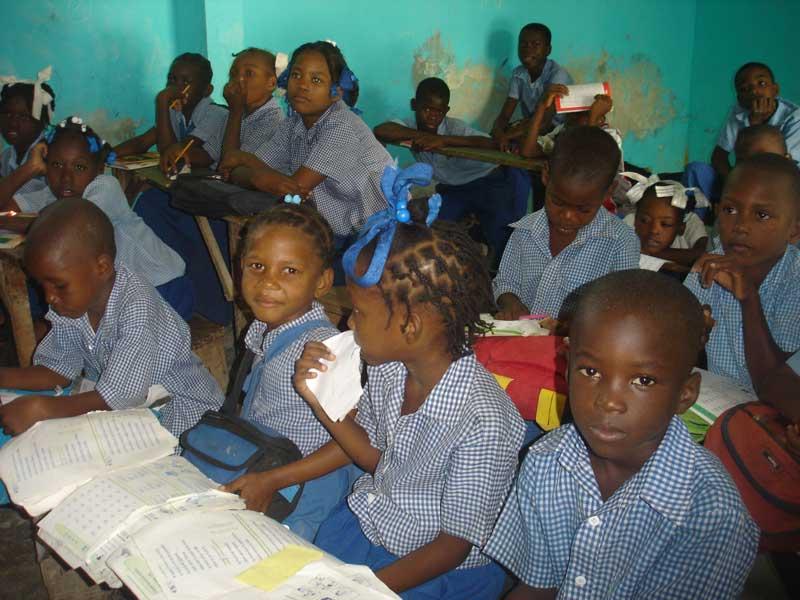 Classe de l'école primaire de Fourgy en Haïti