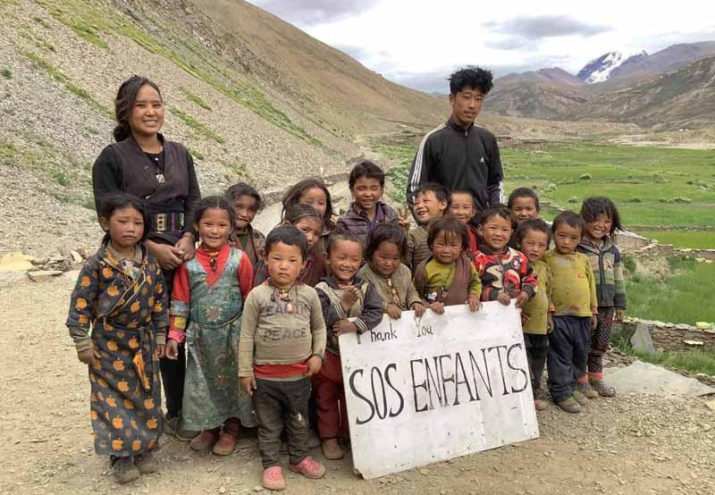 Les enfants de l'école maternelle hree Ghang Teiga Pre School dans le Haut Dolpo au Népal